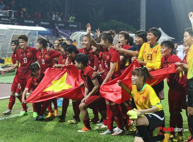 1 tháng sau SEA Games, tuyển nữ Việt Nam vẫn chưa nhận được 3 tỷ tiền thưởng và 20 tivi