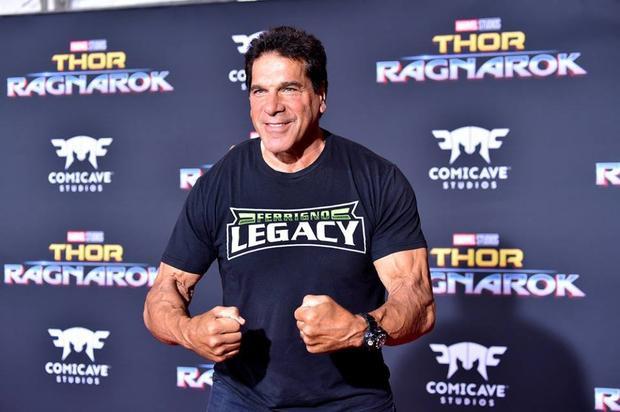 Lou Ferrigno - Người lồng tiếng cho Hulk.