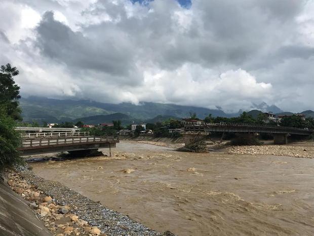 Cầu Thia nơi nam phóng viên cùng 3 người dân mất tích.