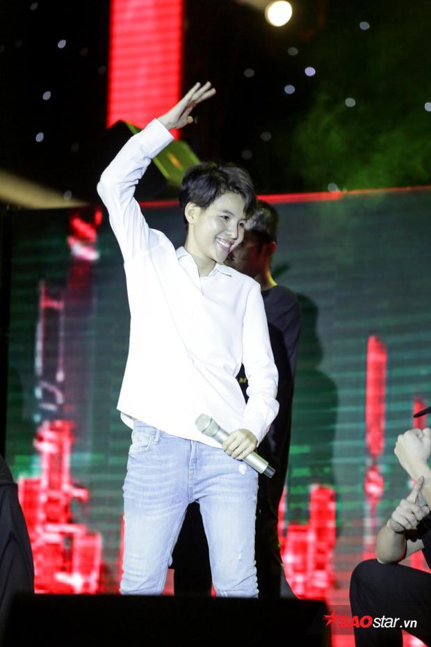 Giờ G sắp điểm rồi, cùng chờ đón đêm Birthday Concert hoành tráng tối nay của vị HLV Giọng hát Việt nhí 2017.