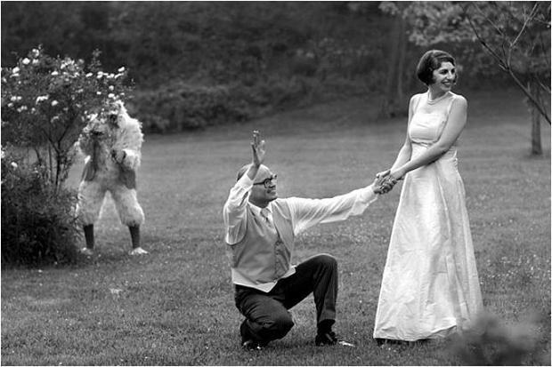 Những bức ảnh cưới thảm họa: Tội nghiệp cô dâu  chú rể