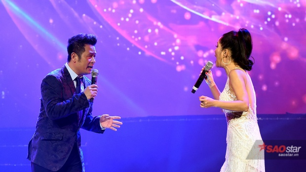 """Phần song ca của 2 """"chú cháu"""" Bằng Kiều và Hồng Nhung đã khép lại chương trình."""