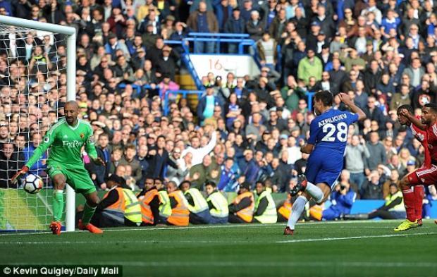 Tuy nhiên, cả cầu thủ đá chính lẫn dự bị của Chelsea đều in dấu giày trong các bàn thắng dẫn tới cuộc ngược dòng.