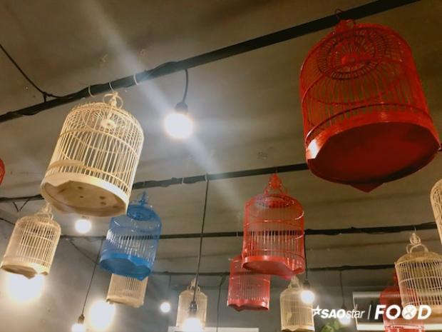 Tiệm cafe chim gây thích thú với những tên món có 1-0-2