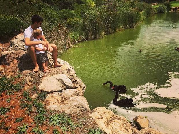 Djokovic tận hưởng khoảng thời gian quý giá cùng con trai Stefan