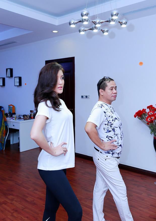 Những tập luyện nghiêm túc trước thềm diễn ra cuộc thi cho thấy quyết tâm cao độ của Huyền My với Miss Grand 2017.