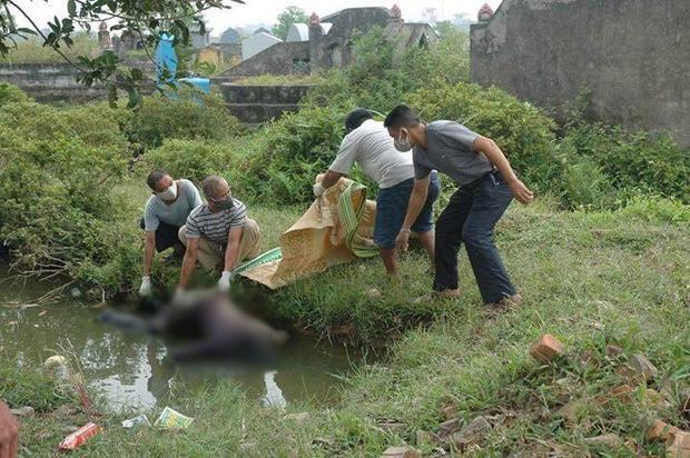 Hình ảnh nạn nhân khi được người dân phát hiện.