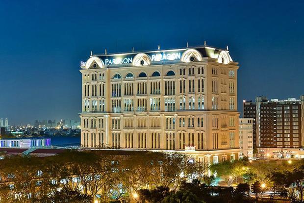 Chuỗi nhà hàng cao cấp như Charm Charm, Nam Phan, Khai's Brothers… cũng là một phần trong danh sách tài sản khá đình đám của ông Hoàng Khải.