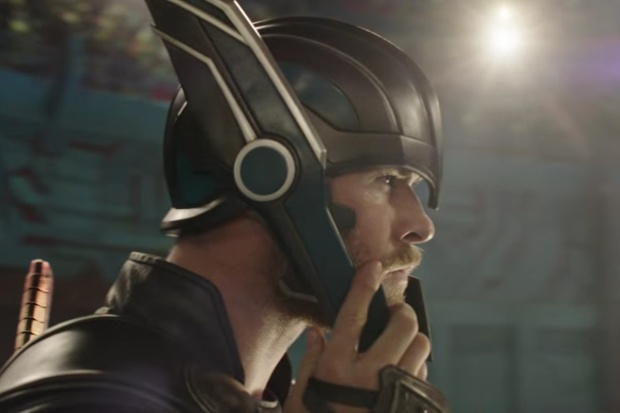 Hình ảnh Thor khi trút bỏ mái tóc dài