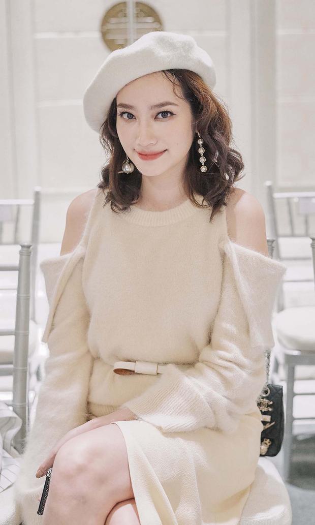 Người đẹp Trúc Diễm diện bộ trang phục nằm trong bộ sưu tập Her Legend của nhà mốt thân thiết.