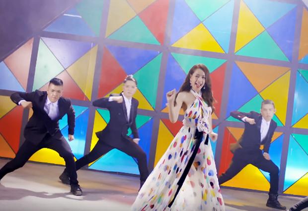 Mừng quá MV thứ hai của Chi Pu hay hơn hẳn Feel Like Ooh, nhưng