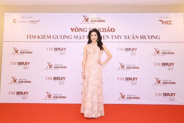 Hoa hậu Camay Ngô Thu Trang.
