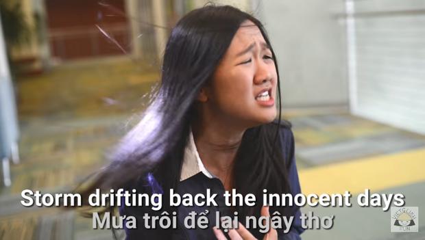 """…. Mà cô nàng còn có biểu cảm có thể khiến Hương Tràm và Huỳnh Lập phải """"chịu thua"""""""