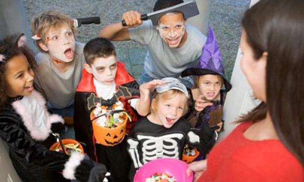 Vòng quanh lễ hội Halloween ma mị, rực rỡ khắp thế giới
