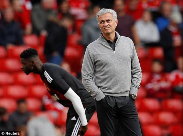 Mourinho không ngại thử nghiệm để tăng sức tấn công