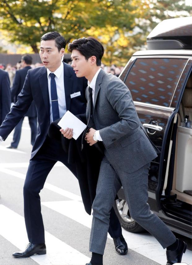 Dàn khách mời đẳng cấp đổ bộ đám cưới thế kỷ của Song Joong Ki và Song Hye Kyo