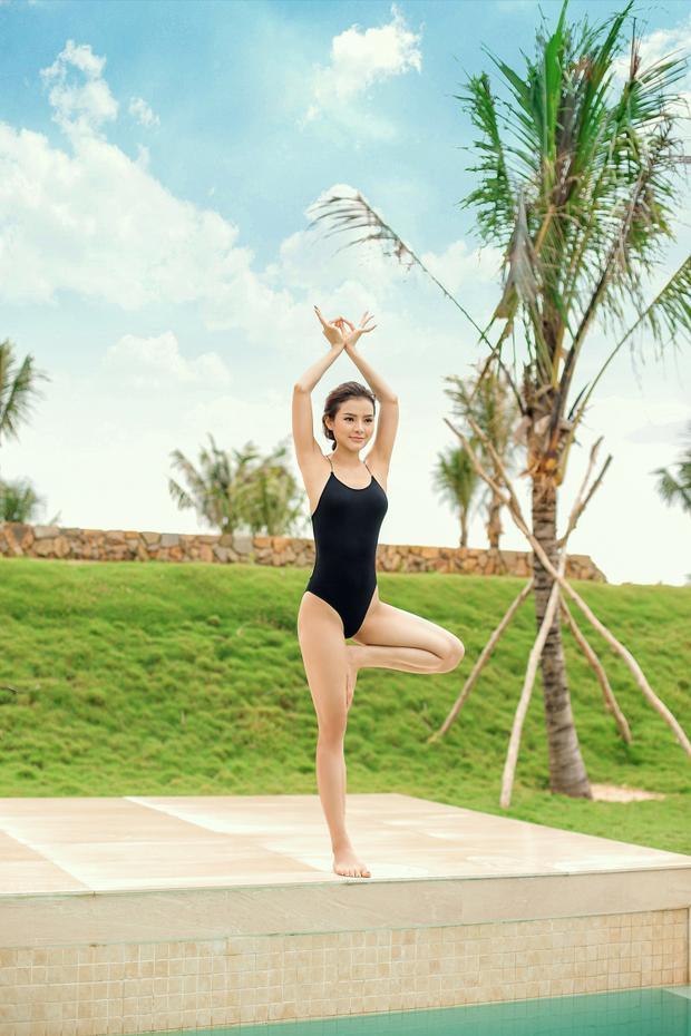 Phương Trinh Jolie cao 1,68 m, nặng 54 kg với số đo 3 vòng 84-61-95. Nhờ có yoga, Phương Trinh giữ được sức khỏe tốt và tinh thần vui vẻ, thoải mái để tập trung cho các công việc liên quan đến nghệ thuật.