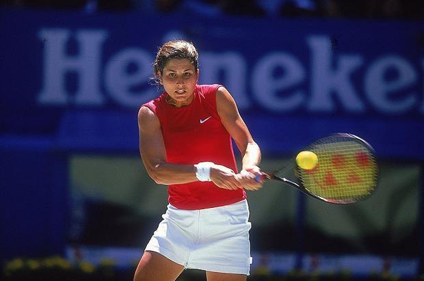 Mirka từng là tay vợt triển vọng của Thuỵ Sĩ
