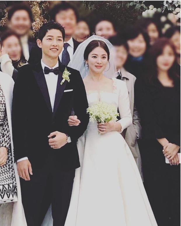 Hình ảnh tuyệt đẹp tại đám cưới của Song Joong Ki và Song Hye Kyo.