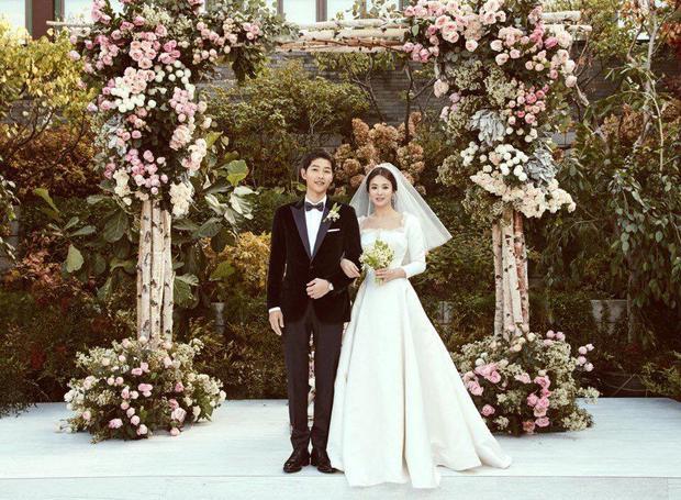 Hình ảnh cặp đôi tại lễ cưới.