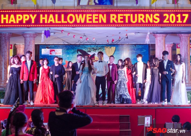 Chương trình cũng là nơi các bạn được giao lưu, trang bị thêm vốn hiểu biết về văn hoá Anh cũng như lễ hội Halloween ở các nước phương Tây.