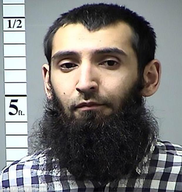 Đâm xe khủng bố ở New York: Thân thế của hung thủ khiến cảnh sát ngỡ ngàng