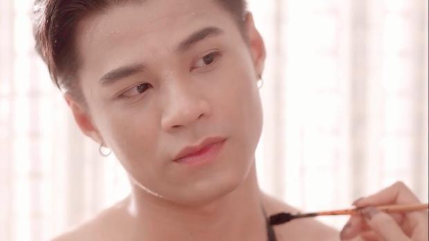 Người mẫu, diễn viên Bảo Long (Đàm Quang Phúc).
