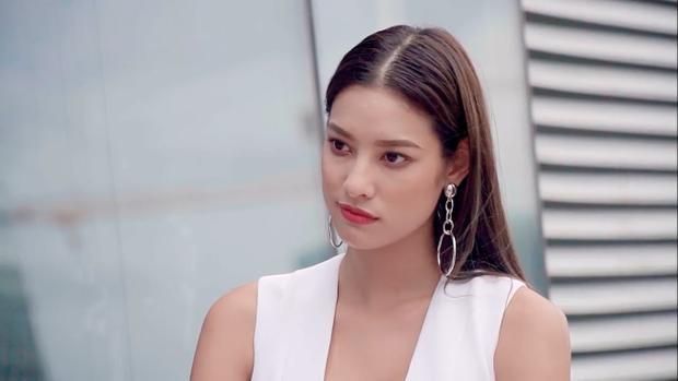 Sắc thái lạnh lùng có phần… chảnh của Judy Hồ khá hợp với Lilly Nguyễn.