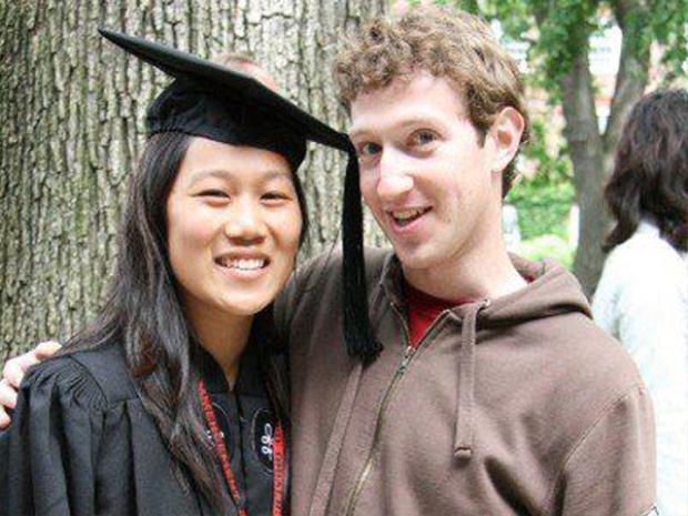 Năm 2007, Chan tốt nghiệp Đại học Harvard và Zuckerberg cũng có mặt để chúc mừng. Sau đó, cô theo Zuckerberg đến California nơi Chan trở thành một sinh viên y khoa tại UCSF. Cô thuê một căn hộ gần Golden Gate Park và Zuckerberg ghé thăm cô thường xuyên vào mỗi cuối tuần.