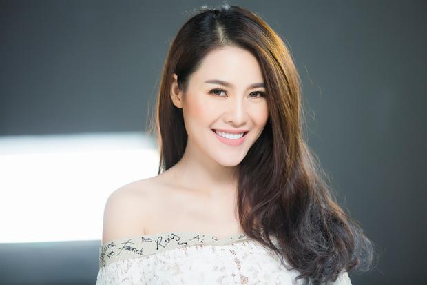 Cựu người mẫu/ca sĩ Quế Vân.