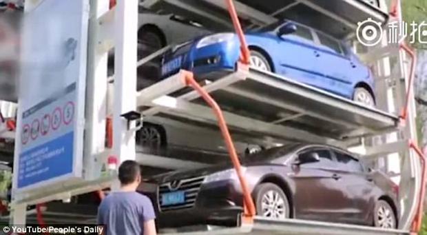 Tháp đỗ xe bảy tầng có thể công suất hoạt động gấp 6 lần bình thường.