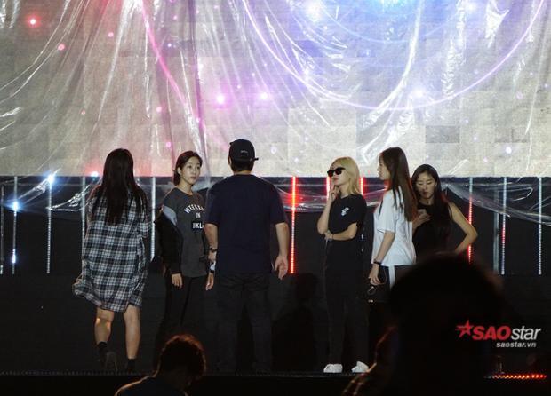 T-ara mặc giản dị vẫn xinh xắn tại buổi tổng duyệt concert trước giờ G