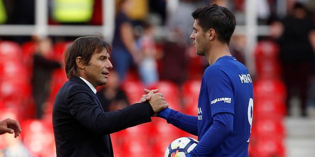 Morata cảm động vì Conte luôn đánh giá anh rất cao.