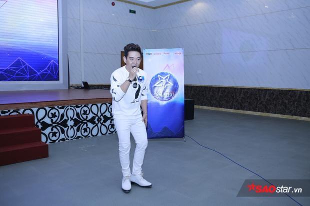 Ca sĩ Đoàn Việt Phương