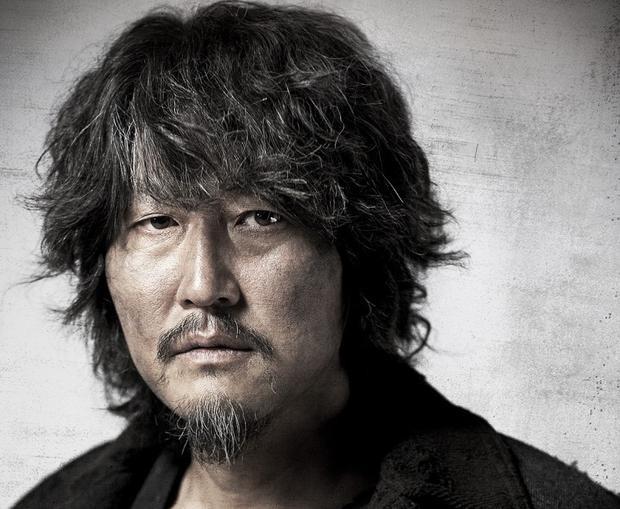 Góp mặt trong danh sách đề cử năm nay gồm nhiều tên tuổi kỳ cựu của làng điện ảnh Hàn Quốc bao gồm nam diễn viên Song Kang Ho ( hạng mụcNam diễn viên xuất sắc nhất).