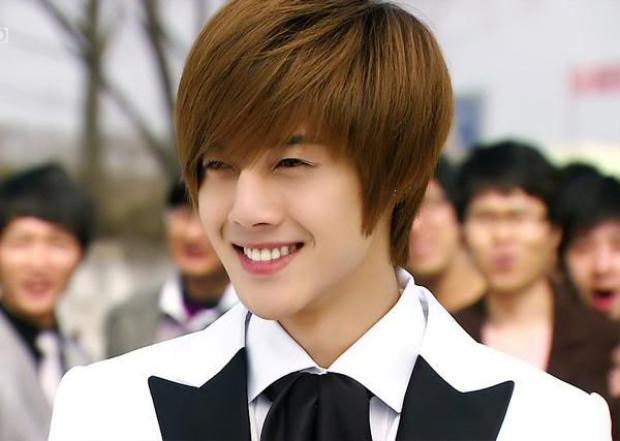Chàng trai si tình do Kim Hyun Joong thủ vai.