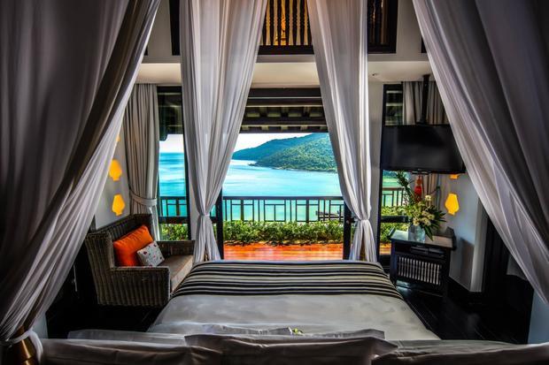 Nó được thiết kế bởi kiến trúc sư nổi tiếng Bill Bensley, người đã thiết kế 200 khách sạn sang trọng trên khắp thế giới.
