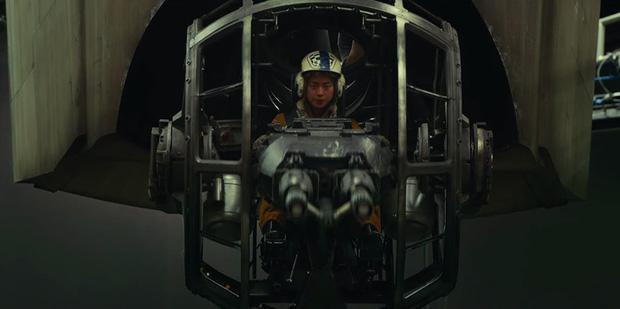 Hình ảnh trong đoạn clip hậu trường.