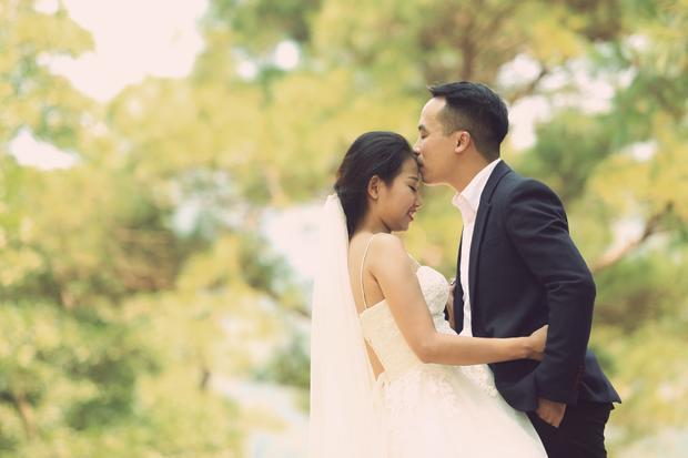 Ngoài chụp chung với gia đình, cặp đôi vẫn có nhiều thời gian riêng dành cho nhau.