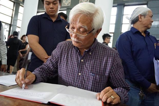 Nhà sử học Dương Trung Quốc.