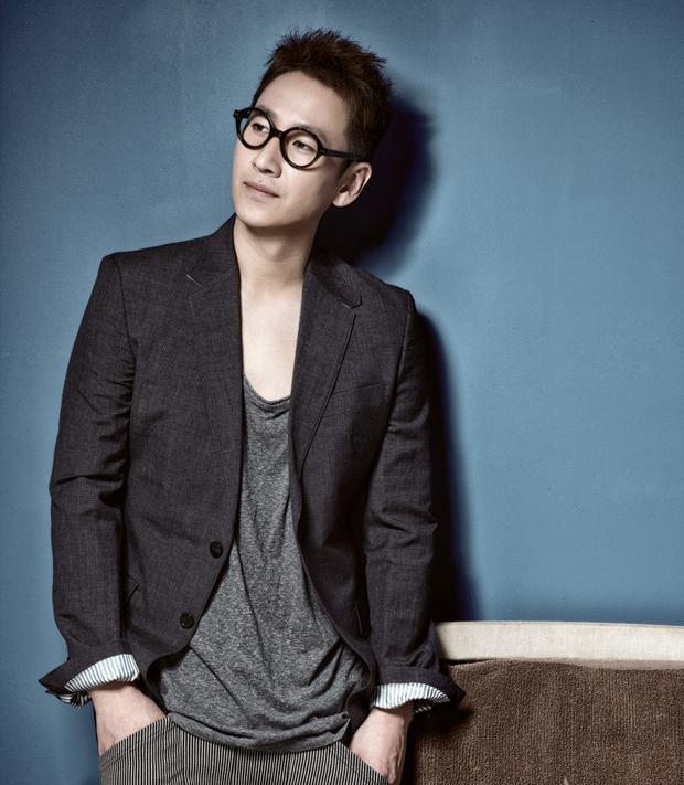 Trong phim, Lee Sun Gyun vào vai chàng kỹ sưPark Dong Hoon trẻ tuổi, điển trai với thái độ hết sức đề phòng trong cuộc sống.