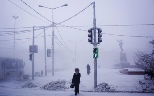 Các bức tượng thời Xô Viết vẫn không bị nhấn chìm trong tuyết.