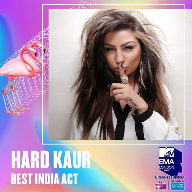 Trường hợp tương tự cũng xảy ra với nữ ca sĩ nổi tiếng tại Ấn Độ. Trên đây là tấm poster kêu gọi fan tại Ấn Độ bình chọn cho cô tại EMAs năm nay.