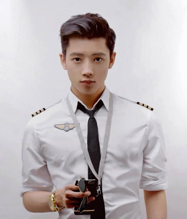 Xem ảnh thời xa xưa của hot boy Việt để biết ai là người đẹp trai từ nhỏ