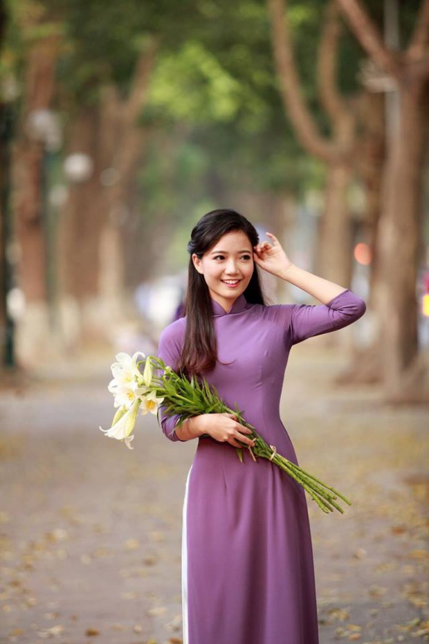 Giờ đây cô giáo nào cũng xinh đẹp như hoa thế này thì học sinh chỉ muốn lên lớp mỗi ngày