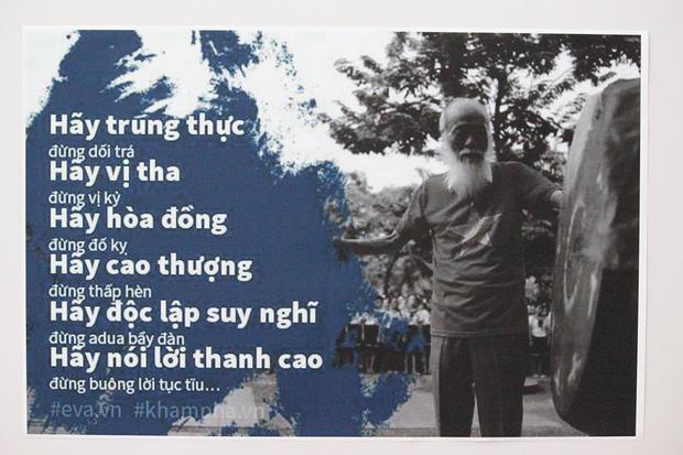Những câu nói nổi tiếng của Thầy Văn Như Cương được trưng bày tại triển lãm.