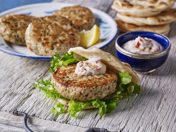 Cách làm bánh mì burger Thổ Nhĩ Kỳ