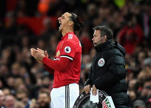 Ibrahimovic đã vào sân thay Anthony Martial ở phút 78. Đây là sự trở lại sau 6 tháng chấn thương của tiền đạo người Thụy Điển.
