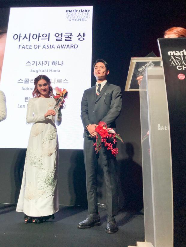 Ninh Dương Lan Ngọc nhận giải Gương mặt châu Á.