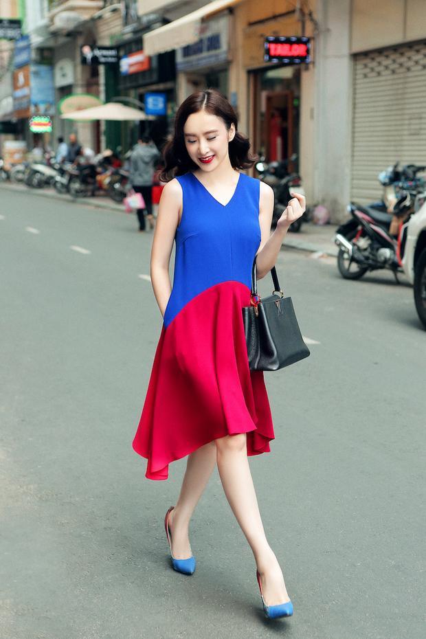 Nhẹ nhàng nữ tính thì chỉ cần chiếc đầm với hai màu hồng - xanh tương phản thế này cũng khiến cô nàng nổi bần bật cả một góc phố.